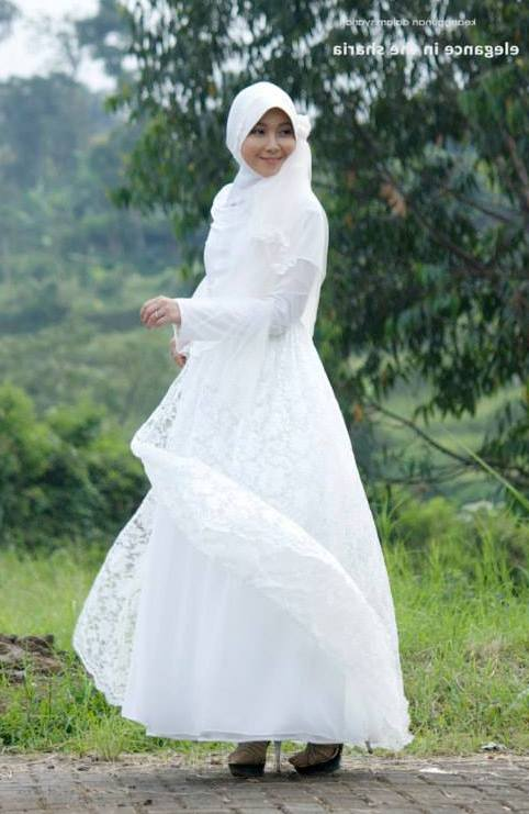 baju lamaran islami, baju lamaran muslimah, baju lamaran sederhana, baju lamaran syar'i, baju pengantin islami, baju pengantin murah, baju pengantin muslimah, baju pernikahan islami, baju pesta muslimah, busana lamaran islami, busana lamaran syar'i, busana menikah syar'i, gaun lamaran muslimah, gaun pengantin islami, gaun pengantin murah, gaun pengantin muslimah, gaun pengantin syar'i, gaun pesta muslimah, gaun spesial, gaun tunangan, Fitriyah Wedding Gown